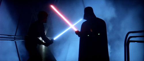 Luke affrontant Dark Vador sur Bespin.
